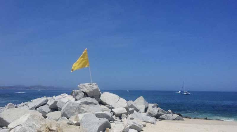 Atender recomendaciones por mar de fondo llaman guardavidas a ciudadanos para evitar accidentes