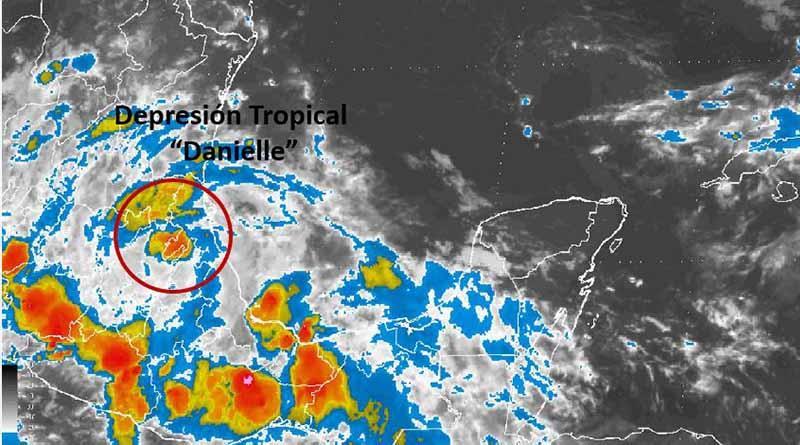 """""""Danielle"""" se ha convertido en depresión tropical, en tierra, sobre el norte de Veracruz"""
