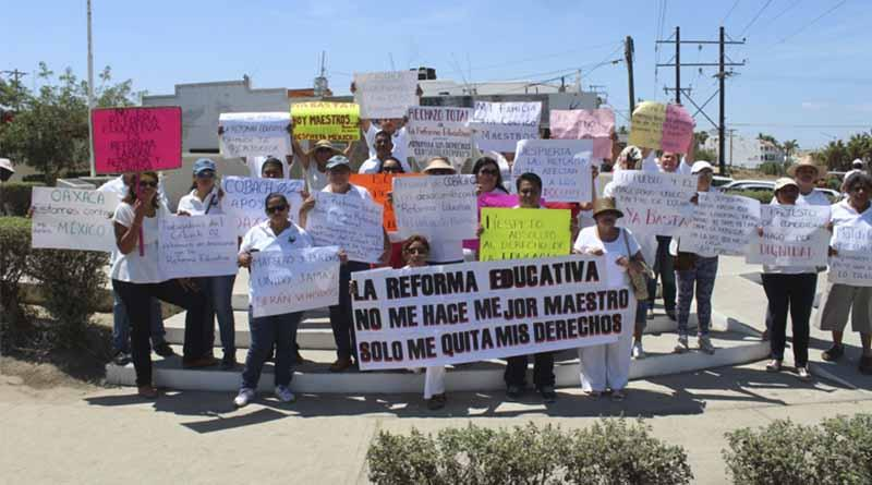 Siguen las manifestaciones en Los Cabos en apoyo a Oaxaca