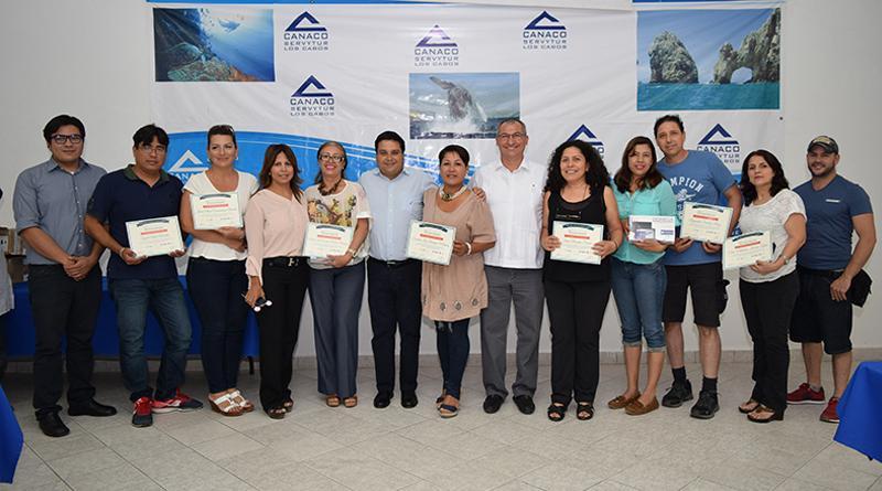 Ayuntamiento de Los Cabos dota de herramientas de trabajo a emprendedores
