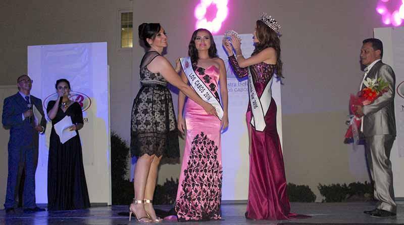 Coronan a Alma Moreno como Nuestra Belleza Los Cabos 2016