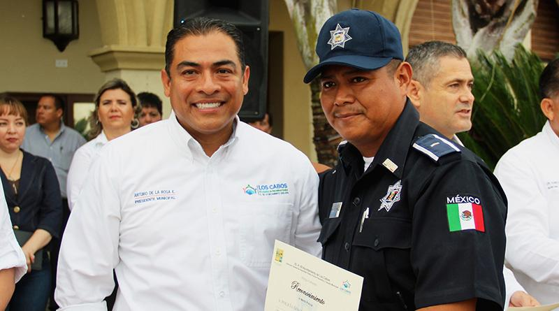 Honestidad, lealtad y valor cualidades que distingue a policías de Los Cabos: ARE