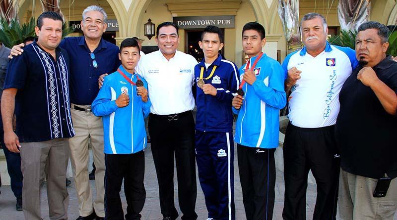 Ningún deportista se quedará sin apoyo: Arturo De la Rosa