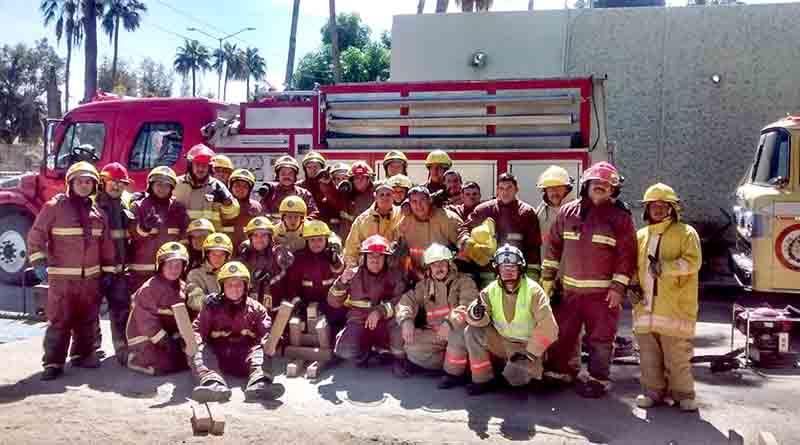 Acuerpan bomberos de SJC a su comandante y desconocen a patronato por presuntos malos manejos