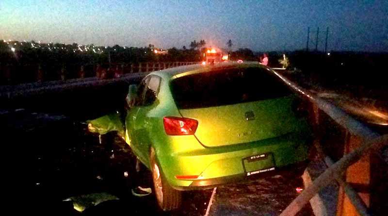 Mujer lesionada por choque en el puente de Santa Anita