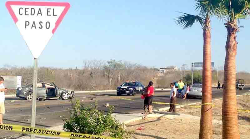 Reportan 6 heridos en choque con atropellamiento en Santiago