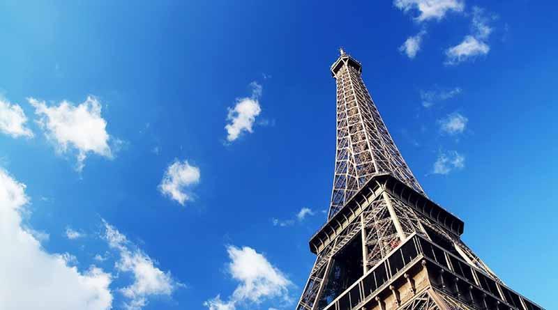 Cierra Torre Eiffel por huelga de trabajadores