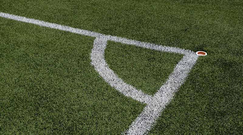 Selección de Francia critica estado del pasto de estadios de Eurocopa