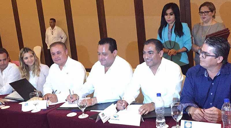 Firman convenio hoteles con gobiernos estatal y municipal para fomentar empleo para los locales