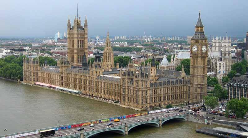 """UE urge a Reino Unido iniciar """"cuanto antes"""" negociación de salida"""