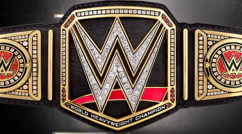 """Lucha por título de WWE se mantiene como """"triple amenaza"""""""
