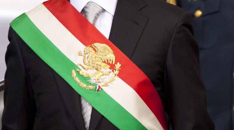 Presidente mexicano Peña Nieto llega a Chile