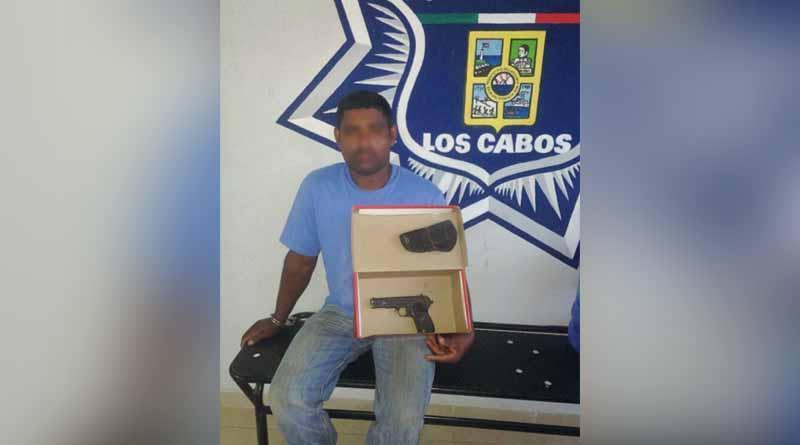 Detiene Seguridad Pública de Los Cabos a sujeto por el delito de portación de arma de fuego