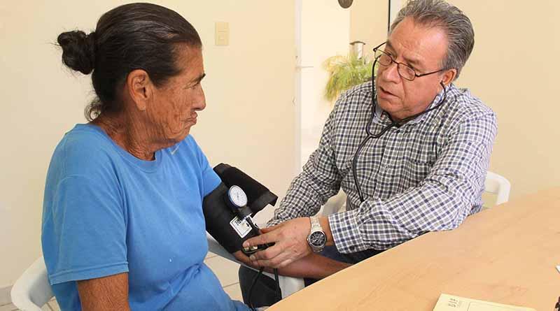 Más de mil personas han recibido atención médica a través del DIF Los Cabos