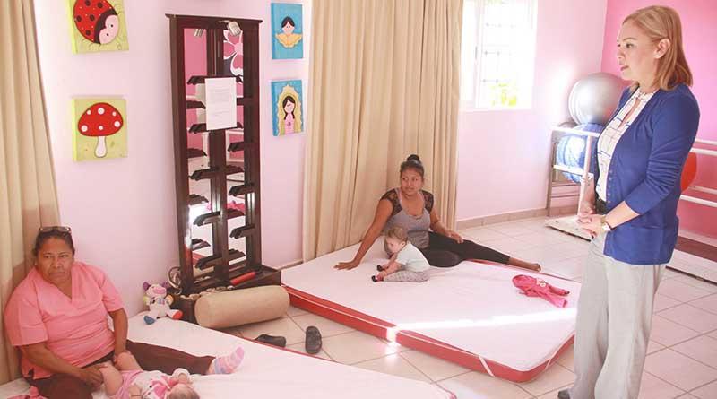 Más de 7 mil terapias y mil 671 estimulaciones múltiples temprana, han brindado las UBR de DIF Los Cabos