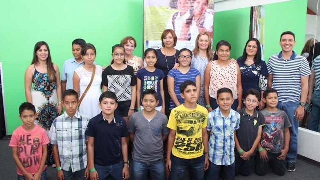 Los mejores estudiantes de sexto grado de primaria viajan a la ciudad de México