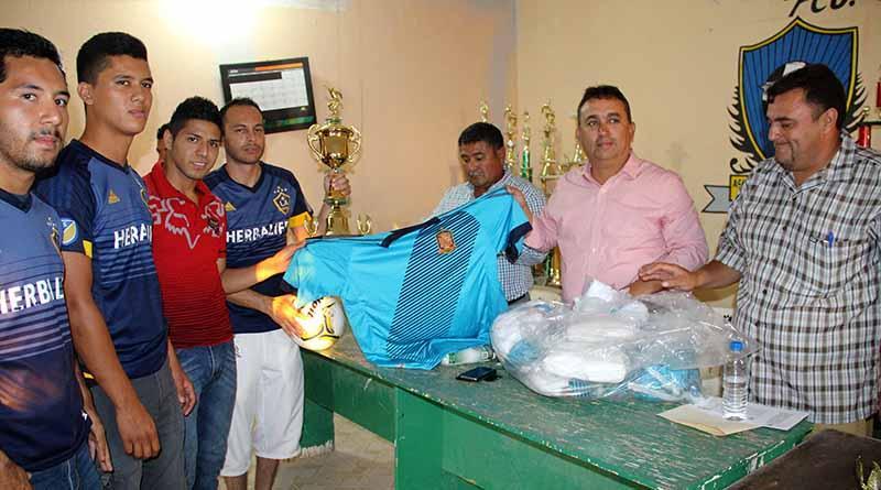 Compromete Alcalde Francisco Pelayo, Fortalecimiento de Infraestructura Deportiva