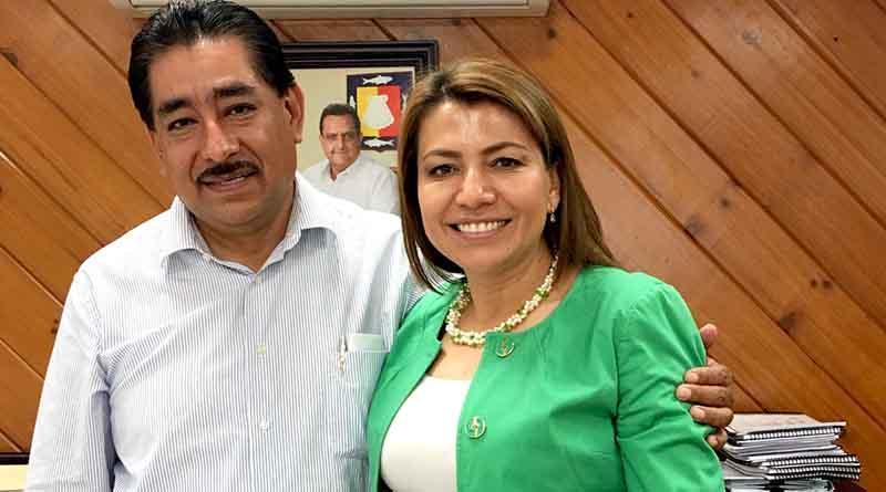 Trabaja diputada Saldaña con SEP para hacer frente a necesidad de espacios en educación media en CSL