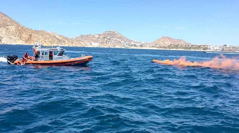 Rescata Sector Naval dos náufragos en la bahía de CSL… en simulacro