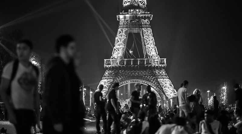 Prohíben circulación en París de vehículos con más de 20 años