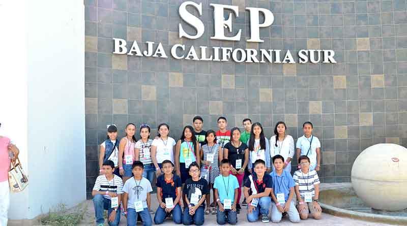 Reciben a los 21 menores que conformarán el Parlamento Infantil Sudcaliforniano 2016