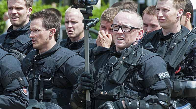 Francia aumentará salario a soldados de lucha antiterrorista