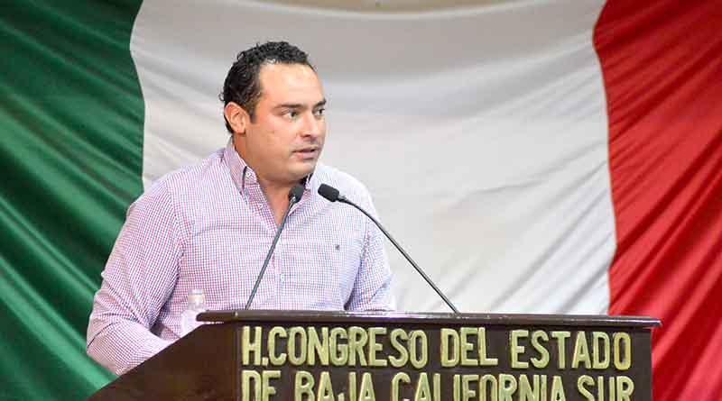 Gestiona diputado García areteo para ganaderos de Los Cabos