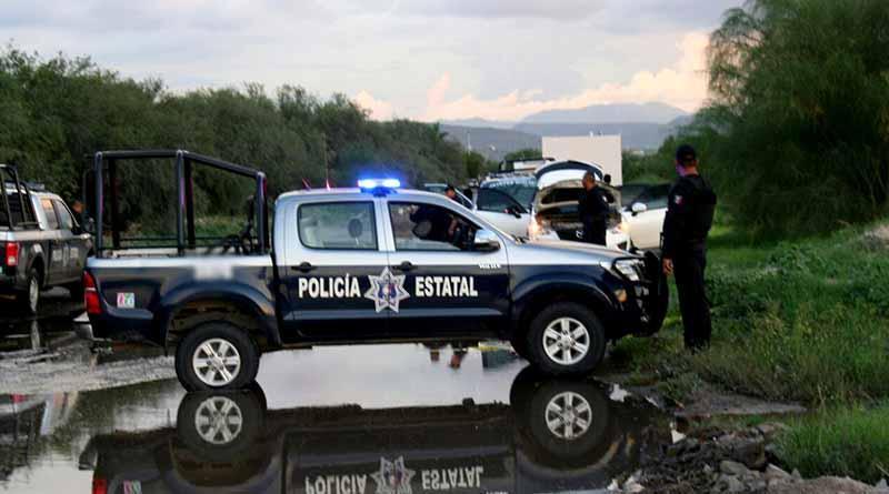 Ante la PGR sujetos detenidos con arsenal y droga en La Paz