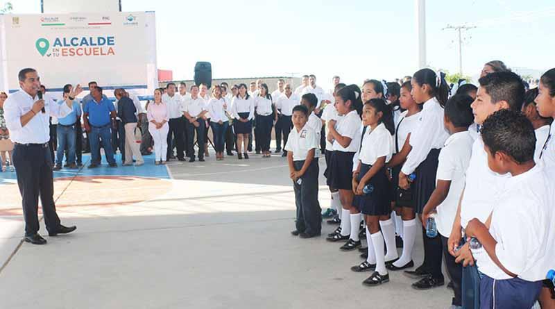 """Arranca """"Alcalde en tu Escuela"""", mejoraremos las condiciones de planteles para nuestros estudiantes: Arturo De la Rosa"""