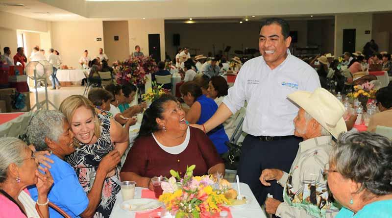 Celebra DIF Los Cabos a los abuelitos y reitera su compromiso de velar por su atención