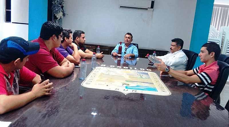 Alcalde Francisco Pelayo Respalda a Estudiantes del ITS