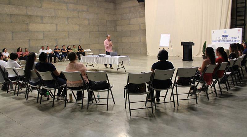 """Instituto de las Mujeres imparte taller """"Y tú, ¿buscas la equidad?, reflexiones sobre nuestra conducta de género"""""""