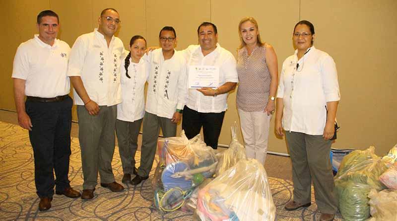 Recibe DIF Los Cabos donación por parte del Hotel Hyatt Ziva