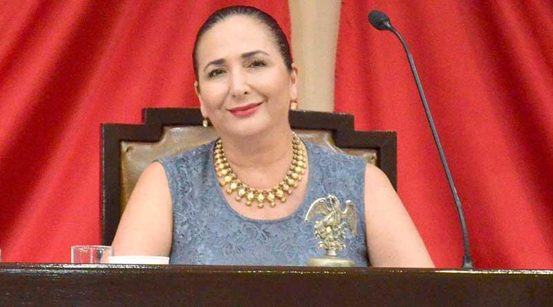 Pide diputada Palacios acciones para evitar ganado en carretera que ocasiona accidentes