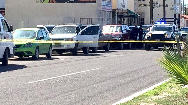 Rafaguean vehículo y matan a un hombre frente al Cereso de La Paz