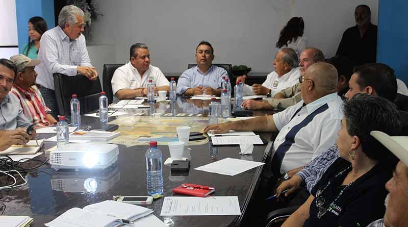Encabeza Alcalde Francisco Pelayo Reunión Con sector Ganadero