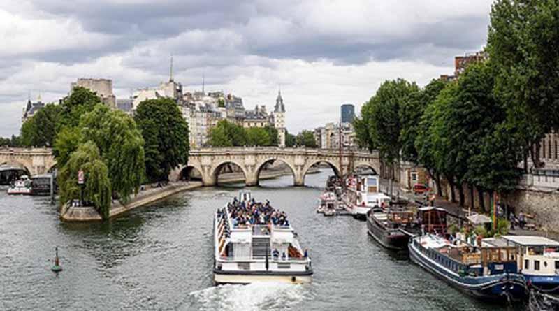 Amenaza terrorista quita un millón de turistas a París