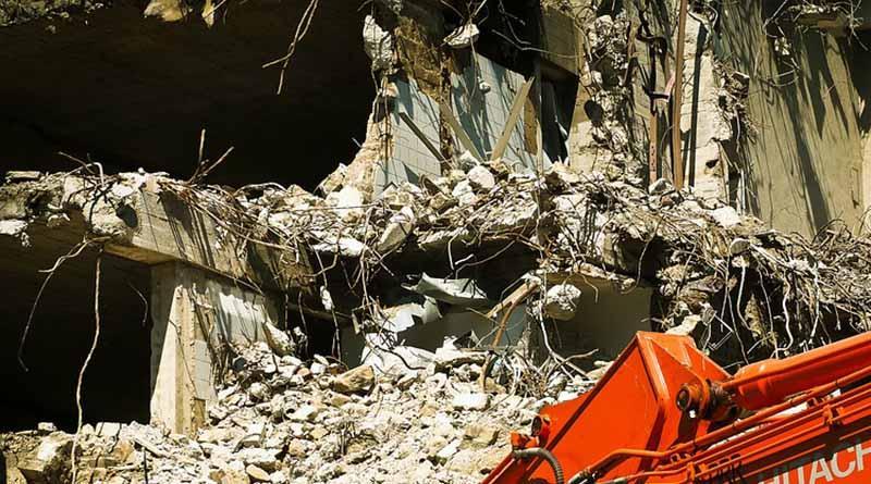 """Buscan """"sin mucha esperanza"""" a sobrevivientes de sismo en Italia"""