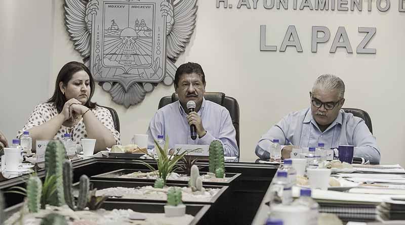 Reactivación de servicios públicos, ordenamiento administrativo y financiero, a un año de administración: Armando Martínez Vega