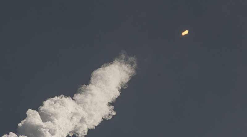 Explota cohete espacial en Florida