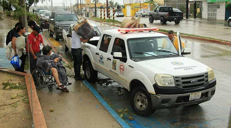 Cerca de 2 mil personas en refugios temporales, reporta Consejo Municipal de Protección Civil