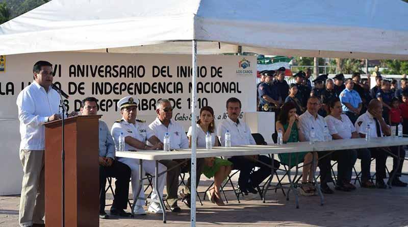 Conmemora Delegación de Cabo San Lucas con acto cívico y desfile el 206 Aniversario del inicio de la Independencia de México