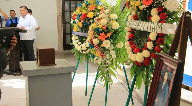 """Último adiós a """"Trino Almanza"""". Rinden homenaje póstumo en Palacio Municipal"""