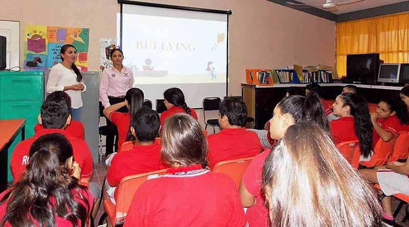 INMUJER Imparte Platicas Sobre Bullyng y Violencia en Redes Sociales