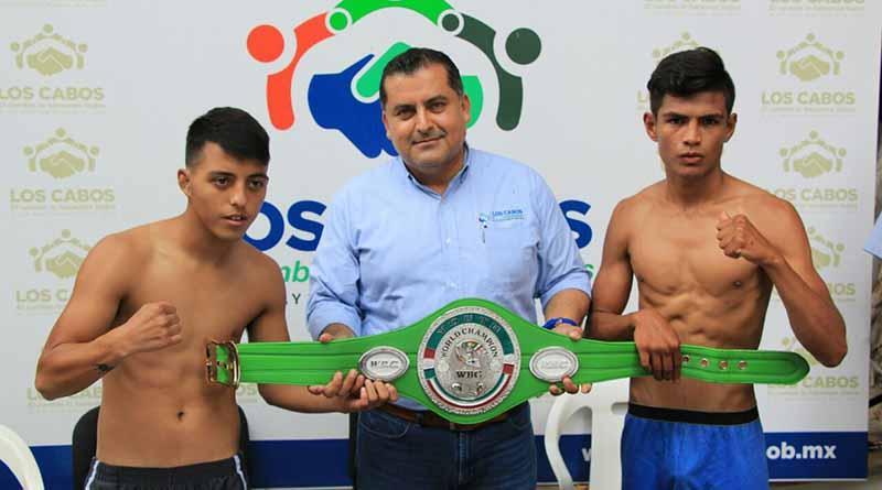 """Presentan a contendientes del Campeonato Mundial Juvenil """"Pesadilla"""" vs. """"Cocodrilo"""""""