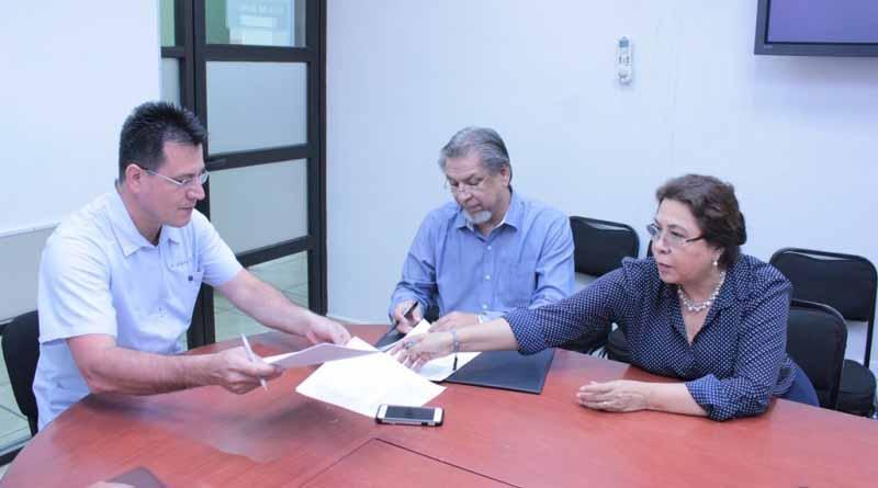 SSA fortalece preparación de estudiantes de enfermería