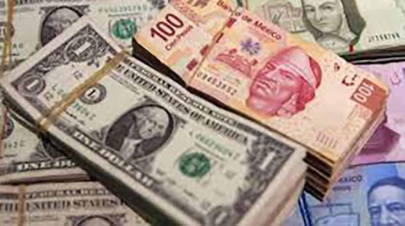 Dólar cierra en $20.20 en bancos capitalinos