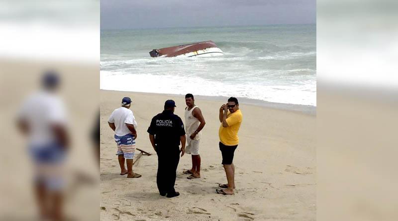Camaronero hundido en Cabo Pulmo no hizo caso a indicaciones de resguardase en un puerto cercano: Conapesca