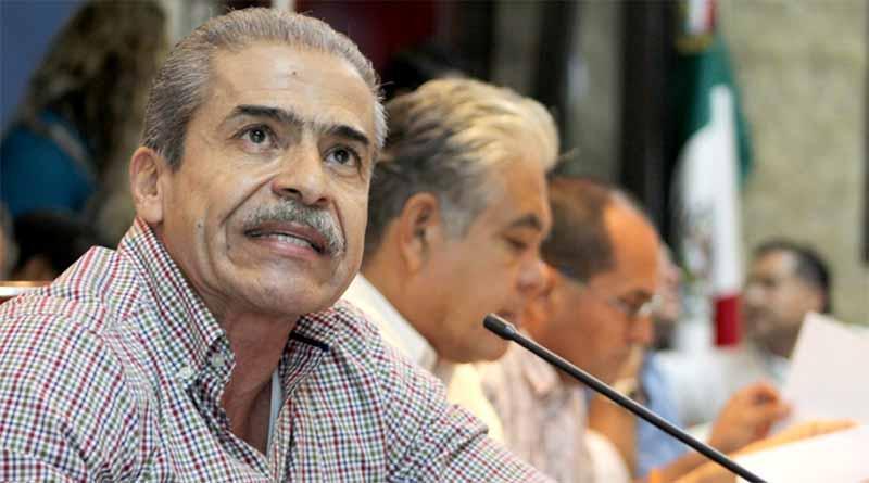 Manifiesta regidor Flores dudas sobre ampliación presupuestal