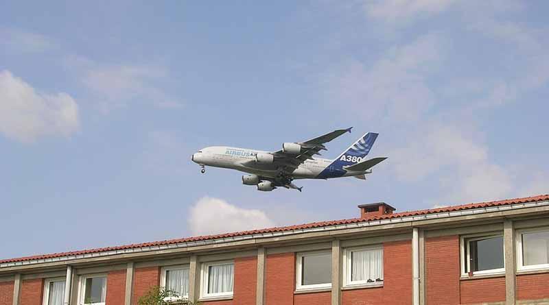 Provoca huelga 15 por ciento de cancelación de vuelos en Francia